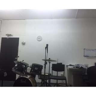 Compact studio office rooms for rent 5 mins Paya Lebar MRT