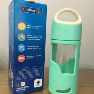 Green Dynamic Water Container
