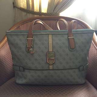 Authentic Guess Manda Tote Bag #PBF80