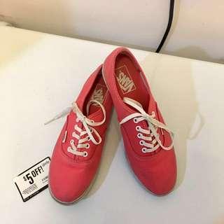 VANS Coral Low-cut Shoes (size 9)
