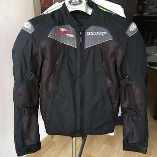 Clover AirJet Jacket size S with back protector