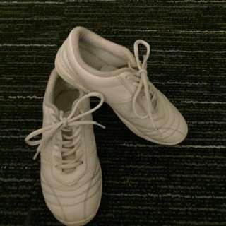 Cheerleading shoe
