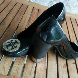 TORY BURCH SHOES SIZE 38