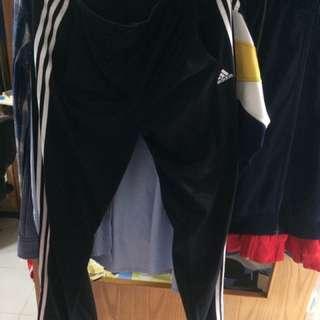 adidas 褲 9成新