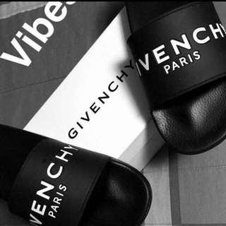 Givenchy Slides with box and dust bag