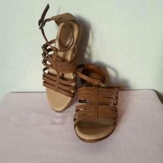 Otto sandals