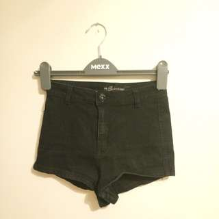 High waisted black booty shorts, sz 3