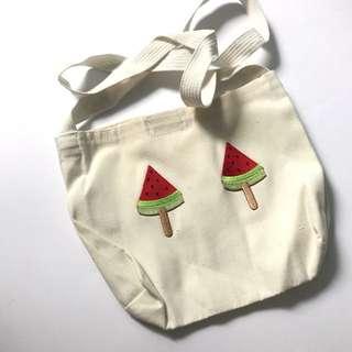 Assorted design canvas slingbag