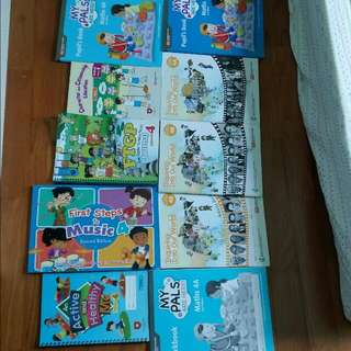( CLEARANCE SUPER CHEAP ) Primary 4 Books