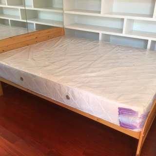 在外租屋必備,便宜床組