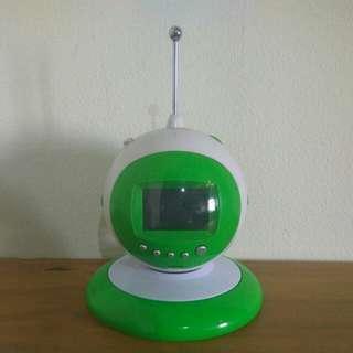 工業風太空風電子時鐘收音機,特價890元免運費