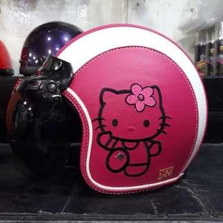 Helm Bogo Kulit Hello Kitty