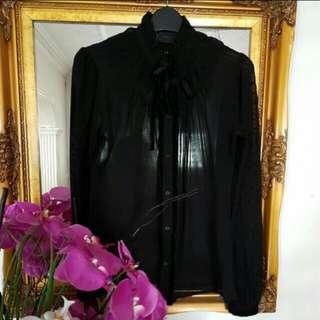 Kadashian collection victorian blouse