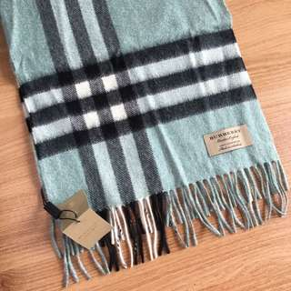 全新Burberry Dusty Mint Scarf
