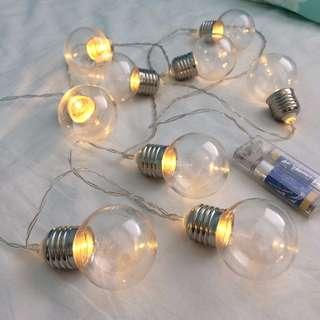 Light bulb string lights (typo)