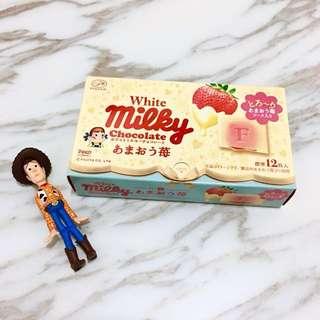 《日本帶回現貨》日本不二家Fujiya milky peko草莓醬夾心白巧克力餅乾