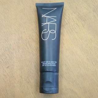 Nars Velvet Matte Skin Tint in Alaska