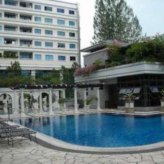 Near Paya Lebar MRT, Condo Room Available