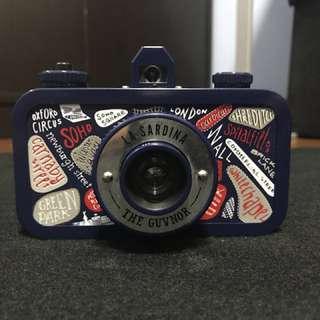 La Sardina Camera and Flash The Guvnor Edition