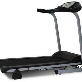 CORE FITNESS THREADMILL