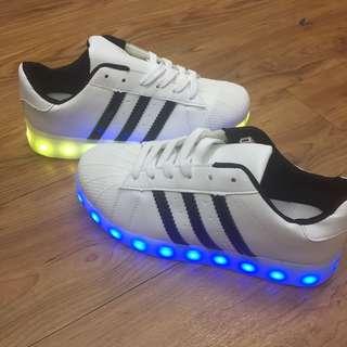 出清 LED 跳舞鞋 夜店鬼步 鬼舞 街舞 陣頭