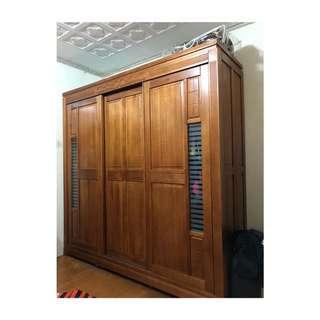 實木衣櫥,三拉門 九成新