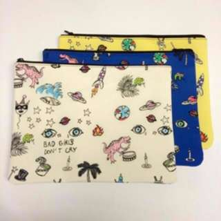 Giveaway - BNIB Cute Outer Space Dino print Laptop/tablet Sleeve