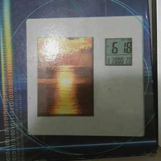 電子相框數字顯示鐘2個