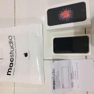 iPhone SE 64GB spacegrey