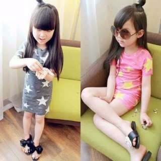 Girls Korean small childrenshort-sleeved long dress / 女童韩版中小童宝宝破洞星星短袖
