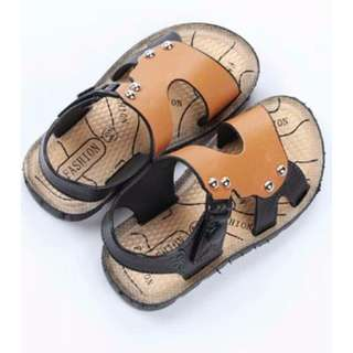 Summer boy beach shoes soft buckle sandals/夏季男童露趾沙滩鞋软底防滑学生搭扣凉鞋