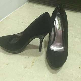 🚚 美國Charles David黑色高跟鞋size7