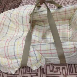 Pre loved newborn  2 in 1 convertible bassinet  co sleeper mattress