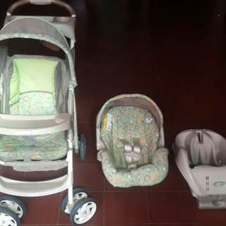 Graco stroller, carrier and car seat