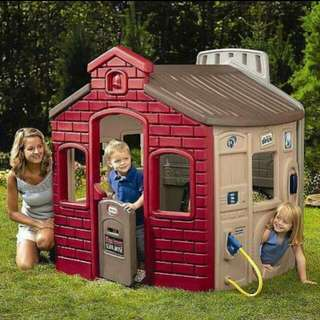 TOYS R US Little Tikes Outdoor Playhouse