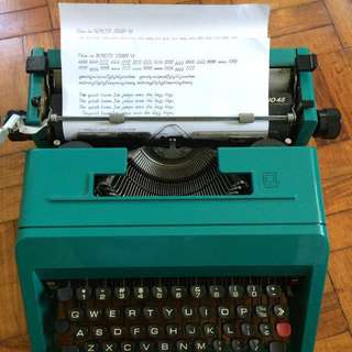 Refurbished 1969 Olivetti Studio45 Script typewriter