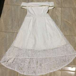 WHITE LACE SABRINA DRESS