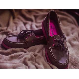 AUTHENTIC SPERRY LEATHER BOAT SHOES