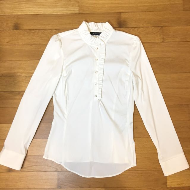 c5fb3e43233f47 59) BN Zara White Formal Office Shirt With Ruffled Collar Size S ...