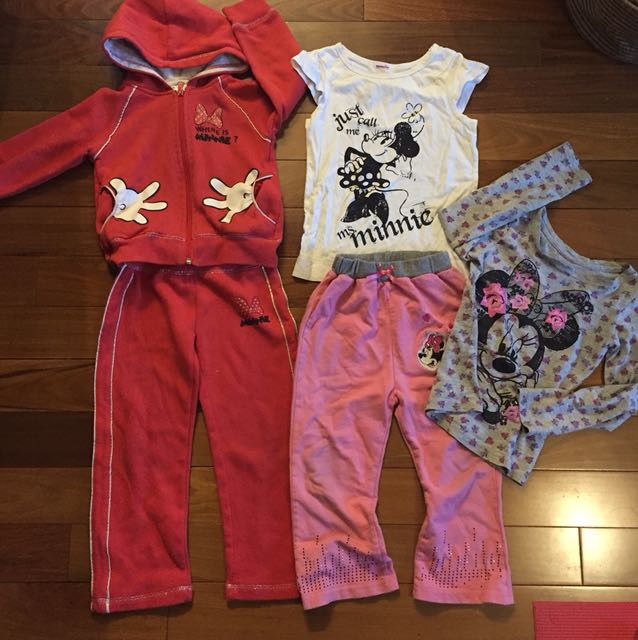 5 pc girl's Minnie clothing Lot Size 4T