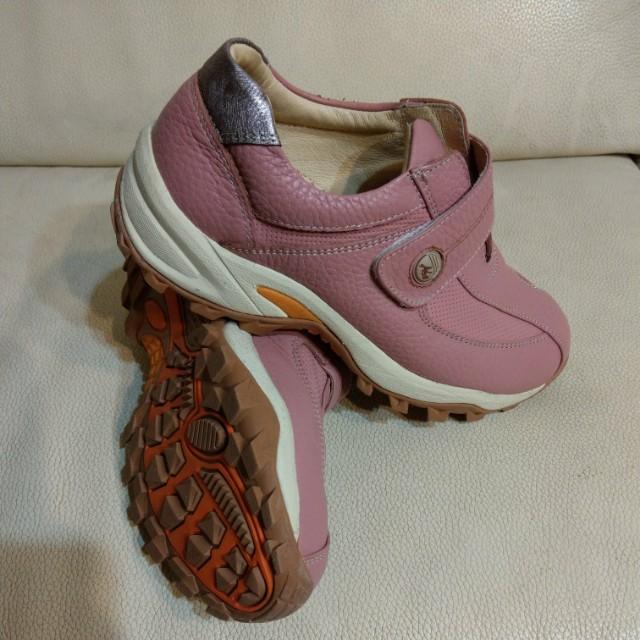 阿瘦女運動鞋