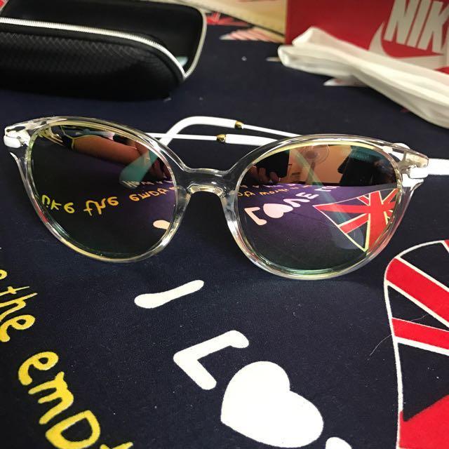 透明框面白色腳水銀鍍膜太陽眼鏡全新