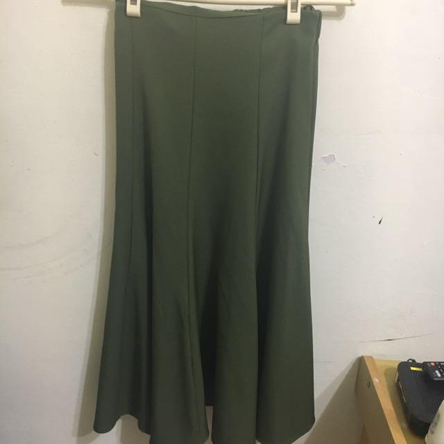 軍綠傘裙🌷森林系👧首選