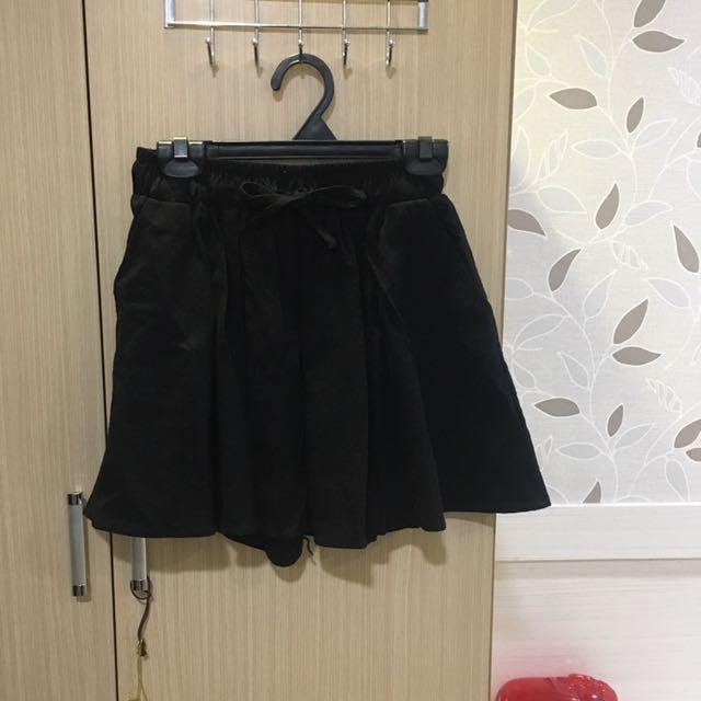 黑色寬褲短裙