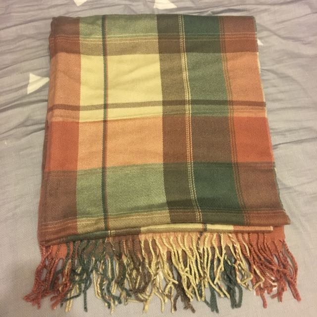購於日本近全新圍巾🧣