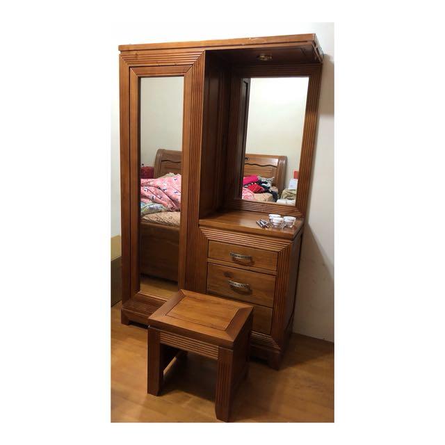 實木化妝桌椅 有旋轉全身鏡,收納實用 9成新