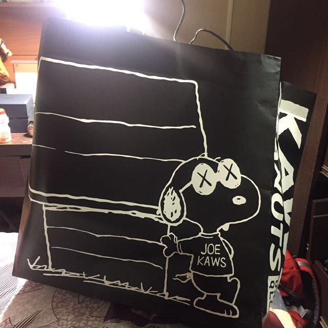 降價低於原價!! Kaws x snoopy peanuts (m) 玩偶