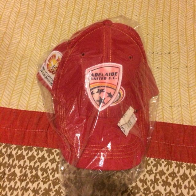 Adelaide United F.C. hat