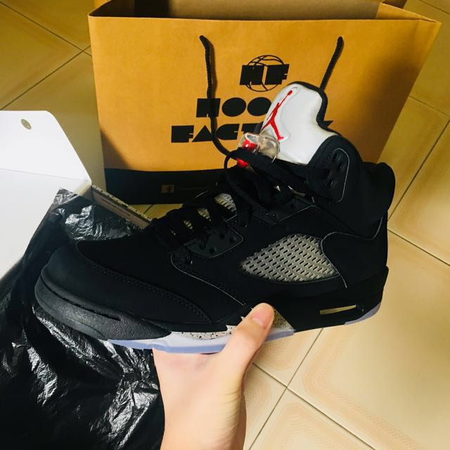 0e400a8bcd3e Air Jordan 5 OG metallic black🔥