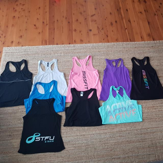 Assorted Womens Fitness Sinets